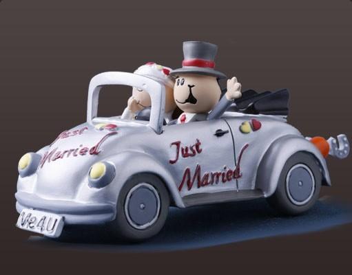 lustiges Brautpaar Käfer Cabrio