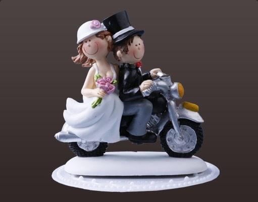 lustiges Brautpaar Motorrad